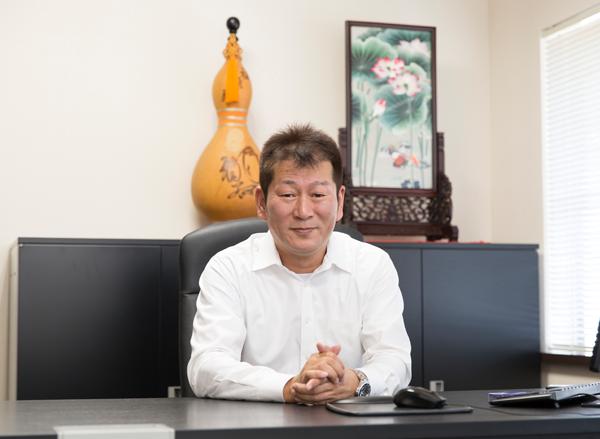 代表取締役師岡 浩徳